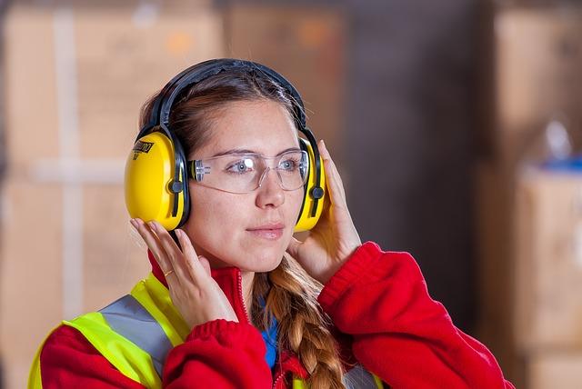 Occhiali antinfortunistici: proteggere gli occhi sul luogo di lavoro